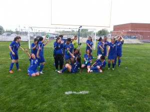 Bloom's Villanueva puts her best foot forward in soccer win over Crete
