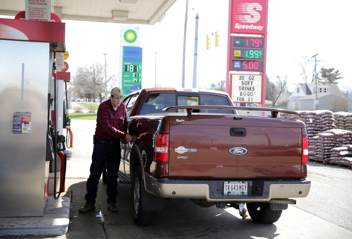 Low gas prices pumping up consumer spending