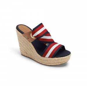 Espadrilles: Go-to shoe on fair-weather days