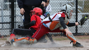 Six-run fourth propels Munster past Hanover Central
