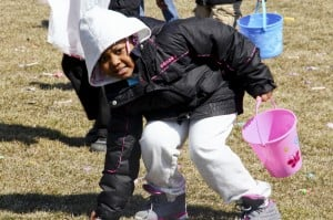 Calumet City holds annual Easter treat hunt
