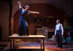 Culinary magic in 'Cascabel': Chicago chef Rick Bayless delivers flavor, pizzazz on stage