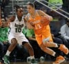 Diggins leads Irish women to rout of Tennessee