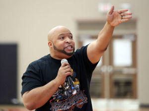 'Coach' Morris teaches students positive thinking