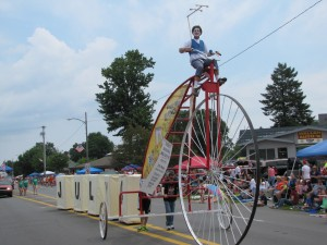 Patriotic pilots wing it to support LaPorte's Fourth of July parade