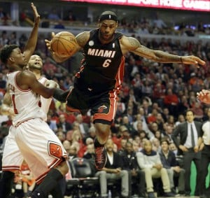 Down 3-1 in series with Heat, Bulls left gasping for it