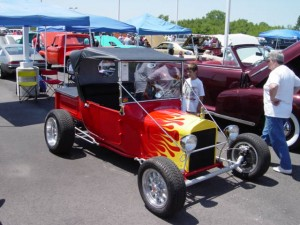 Schepel Hosts 18th Annual Custom Car Show!