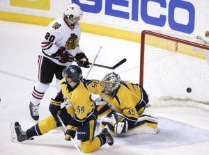 Blackhawks lose regular-season finale