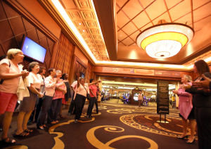 Horseshoe Casino goes pink for a worthy cause