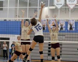 Lake Central opens DAC volleyball play with sweep of Chesterton