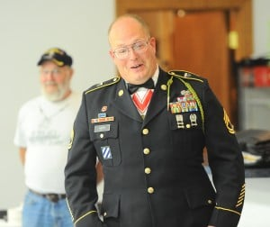 Community turns out to honor combat veteran