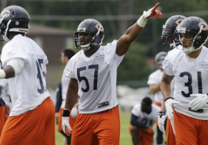 Bears' rookie Bostic taking advantage of open door at middle linebacker