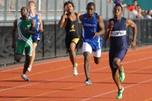 Lowell's Shanks makes most of final meet of 2012