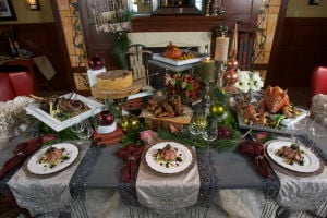 Haute Homestyle: Unexpected elements create an unforgettable holiday table