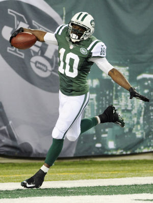 Bears, Santonio Holmes agree to deal