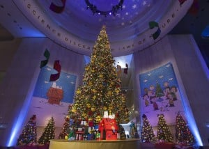 Museum of Science and Industry's Christmas Around the World fun for all ages