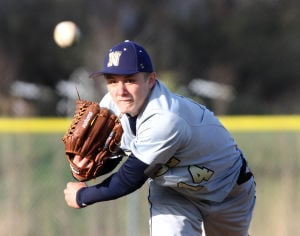Bishop Noll hands Hanover Central first baseball loss in extra innings