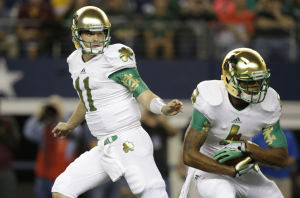 COLLEGE FOOTBALL ROUNDUP: Rees leads Irish to Shamrock win over ASU