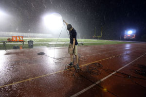 Vikings wait out weather delay against Homestead