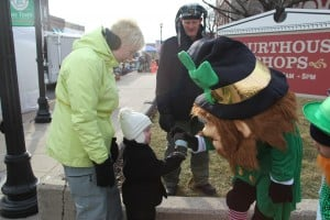 St. Paddy's festivities draws crowd despite cold temps