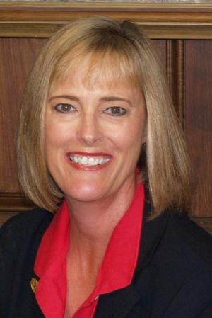 Pence names Evansville representative new state auditor