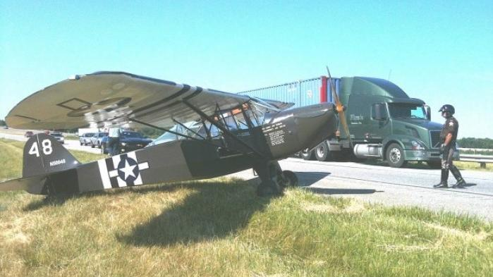 Plane makes emergency landing on ind 49 valparaiso news for Laporte county state of emergency