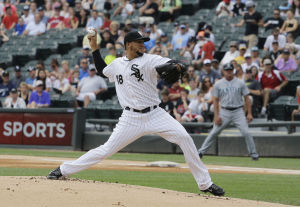 Noesi helps White Sox edge Mariners;