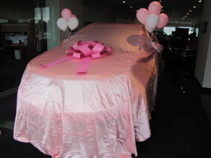 Schepel Cadillac delivers Mary Kay pink 2014 Cadillac SRX crossover to local consultant