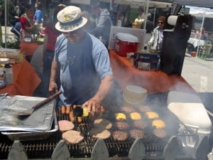 Homewood comes out to celebrate street fair
