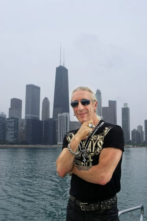 Twisted glad tidings: Rock icon Dee Snider bringing family fun holiday surprises for new Chicago stage run