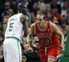 Rose scores 25 on return as Bulls top Celtics