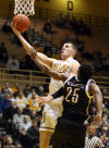 Valparaiso opens on 30-5 run to rout Milwaukee