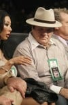 Pete Rose preaches patience to tarnished stars