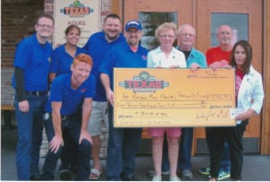 Texas Roadhouse event aids food pantry