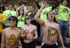 VU students cheer at GB game