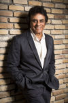 Johnny Mathis puts magical spin on the standards