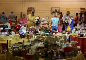 Rummage sale benefits Friends of Robinson Lake