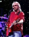 Barry Gibb to bring Mythology tour to Chicago