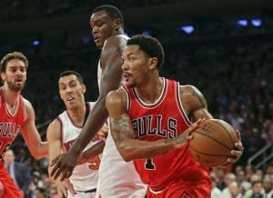 Gasol, Bulls blow out Knicks in Rose's return