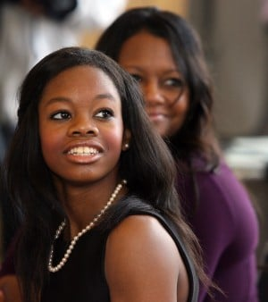 Gabrielle Douglas a hit with high schoolers at Gary event