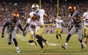 Golson completes record 25 straight passes in ND win