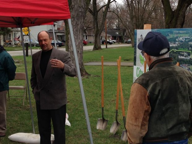 Hobart breaks ground for trail