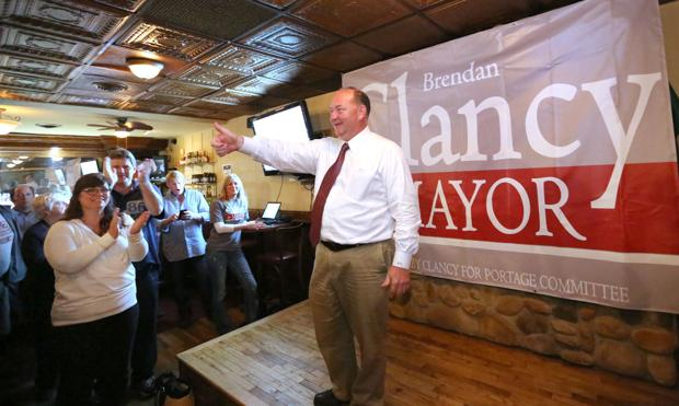 Clancy defeats Hatch for chance at Portage mayor's job
