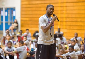 Chicago Bulls guard E'Twaun Moore to appear at library July 1