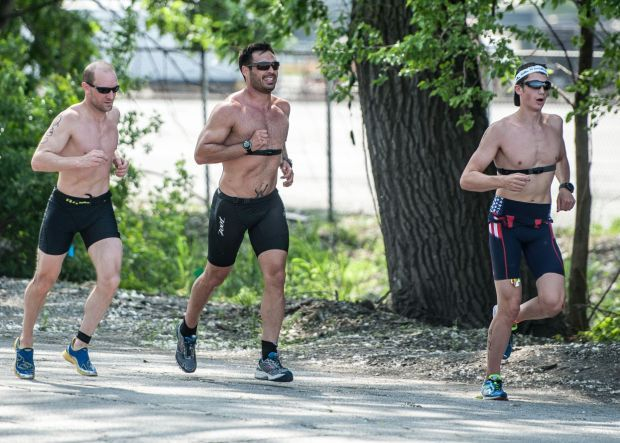 Blackhawks national anthem singer clears throat for Game 7 at Leon's Triathlon