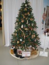 Woodworkers decorate tree for Christmas display
