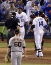 Royals beats Giants 7-2 to tie World Series 1-all