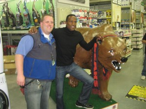 Bears Super Bowl champion receiver Willie Gault makes a local appearance