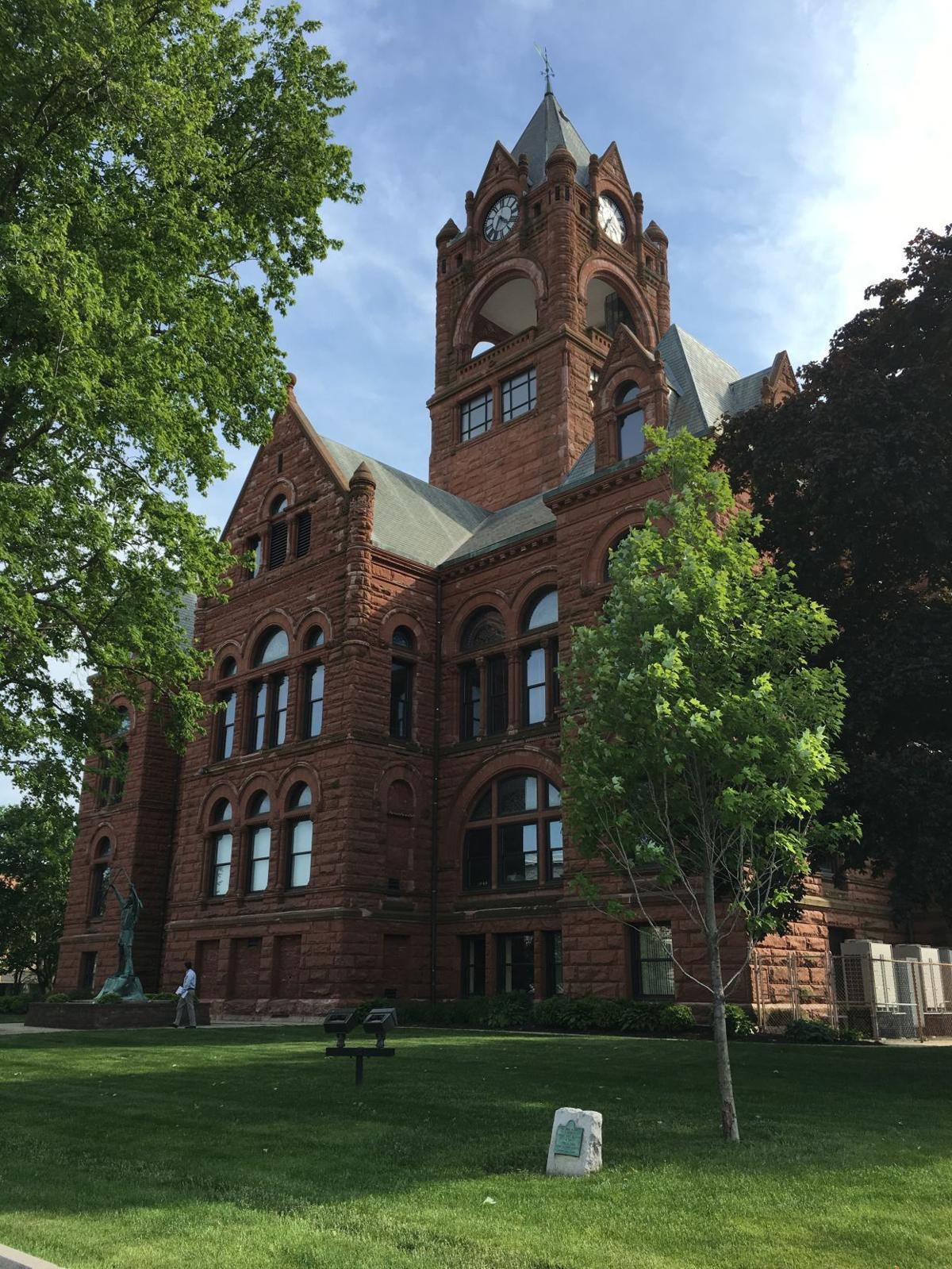 Laporte council commissioners swap attorneys government for Laporte courthouse
