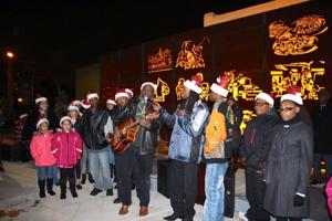 East Chicago celebrates tree lighting with music